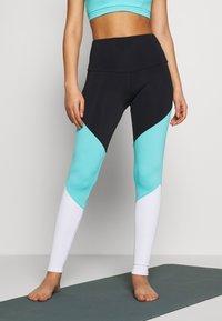 Onzie - HIGH RISE TRACK LEGGING - Leggings - black/cabo blue/white - 0