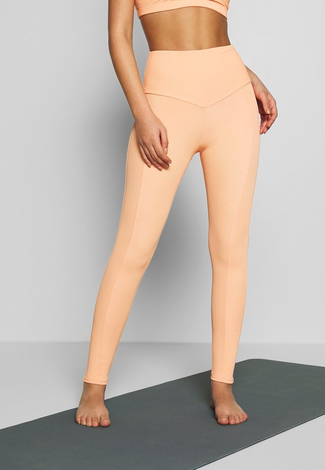 SWEETHEART MIDI - Leggings - cantalope