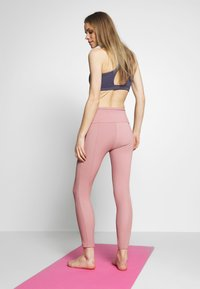 Onzie - SWEETHEART MIDI - Tights - antique rose - 2