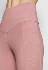 Onzie - SWEETHEART MIDI - Tights - antique rose - 4