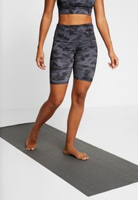 Onzie - HIGH RISE BIKE SHORT - Leggings - black/gray - 0