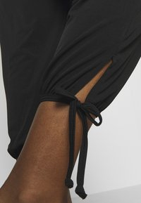 Onzie - PANT - Trousers - black - 4
