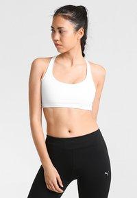 Onzie - CHIC BRA - Sports bra - white - 0