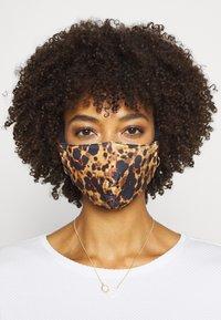 Onzie - MASK ASSORTED 2 PACK - Community mask - tortoise shell/white cheetah - 0