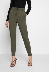 ONLY - POPTRASH EASY COLOUR  - Pantaloni sportivi - olive night - 0