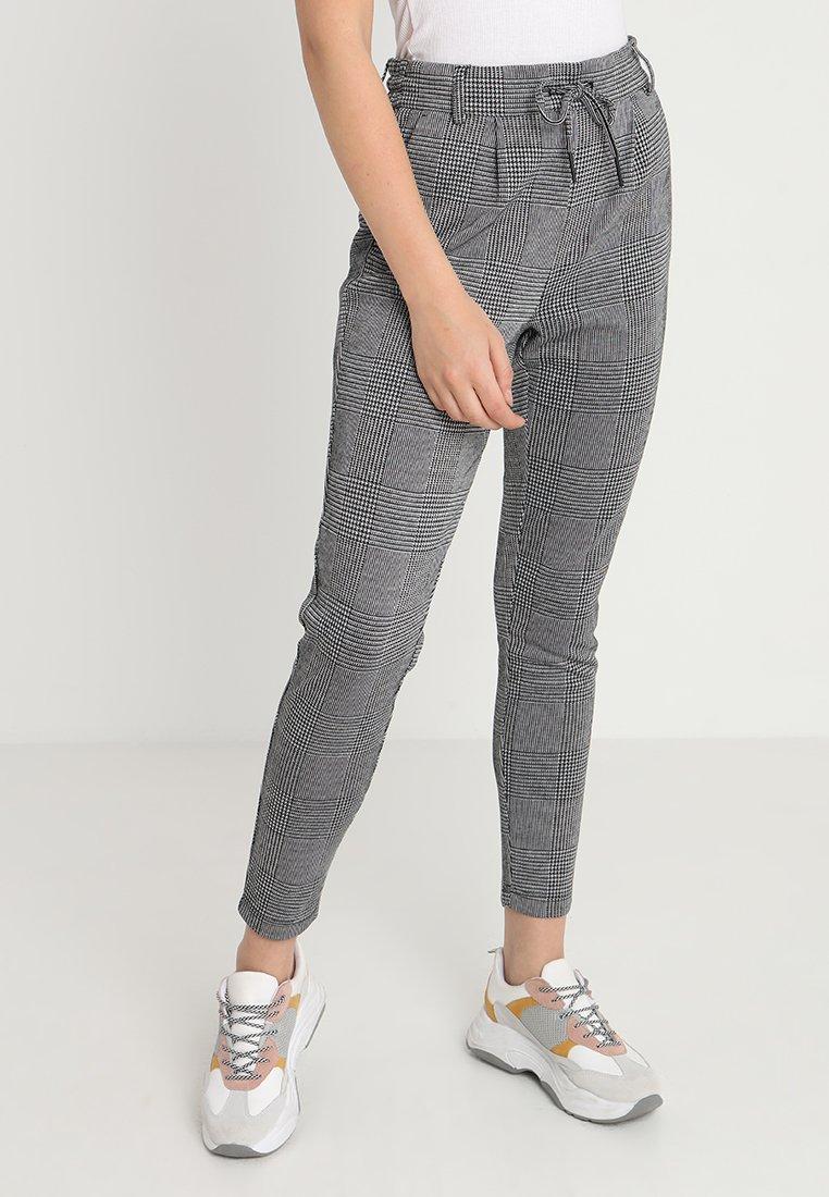 ONLY - ONLPOPTRASH CHECKY  PANT - Stoffhose - medium grey
