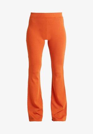 Pantalones - rust