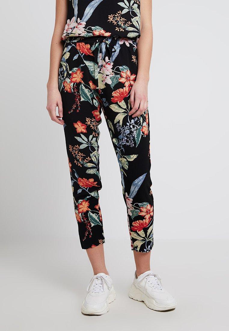 ONLY - ONLNOVA LUX PANT - Pantalones - black