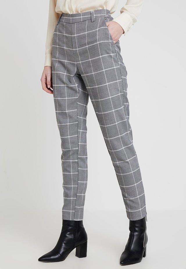 ONLCOOL BEE CONTRAST CHECK PANT - Pantalones - grey