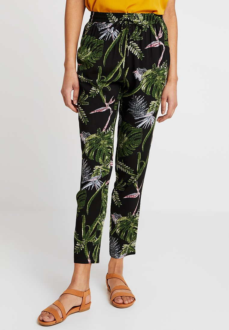 ONLY - ONLNOVA PANT - Trousers - black