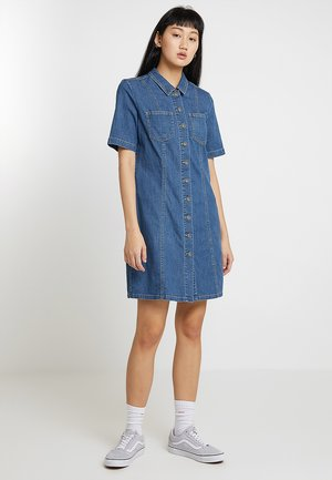 ONLVANA DRESS RAW - Denim dress - medium blue denim