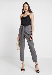 ONLY - ONLLOTTA BELT PANT - Trousers - dark grey melange - 1