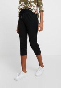 ONLY - ONLPOPTRASH EASY PANT - Shorts - black - 0