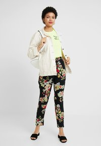 ONLY - ONLNOVA PANT - Bukser - black - 1
