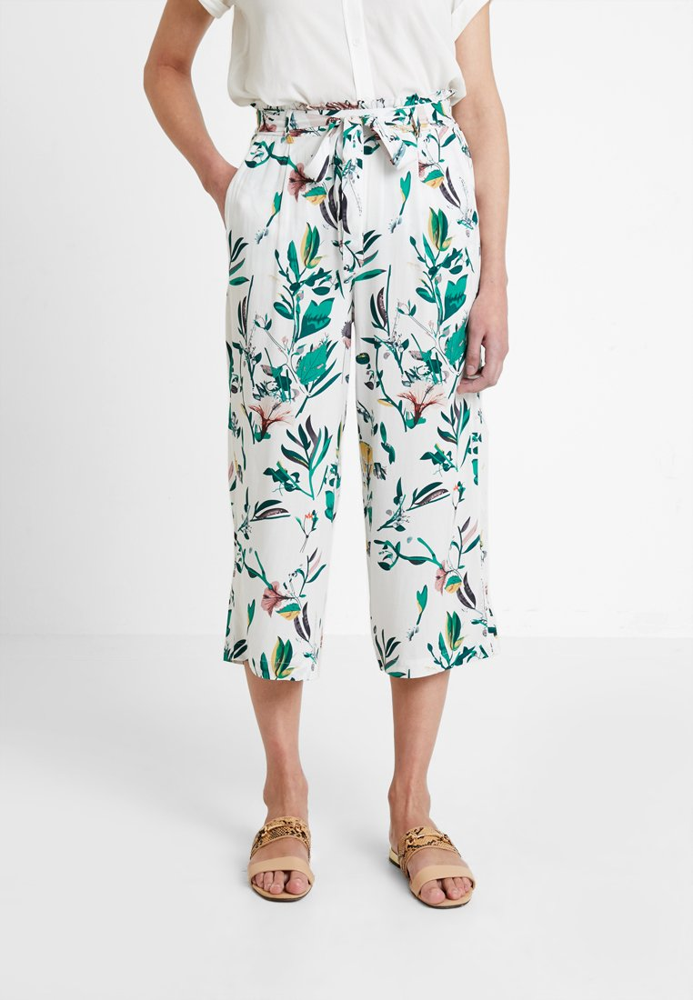 ONLY - ONLNOVA CROPPED PALAZZO PANT  - Stoffhose - cloud dancer/green