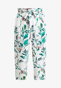 ONLY - ONLNOVA CROPPED PALAZZO PANT  - Stoffhose - cloud dancer/green - 4