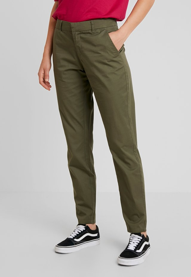 ONLMELLOW PANT - Pantalones chinos - kalamata