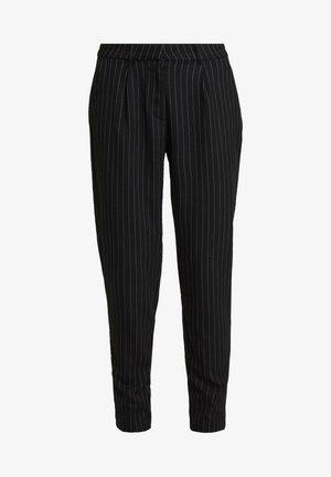 ONLKELIA PINSTRIPE PANT - Pantalon classique - black