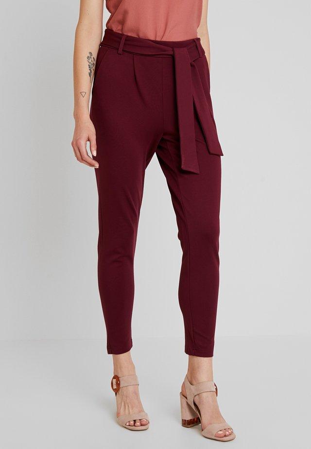 ONLPOPTRASH BELT  PANT - Pantalones - tawny port