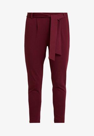 ONLPOPTRASH BELT  PANT - Kalhoty - tawny port