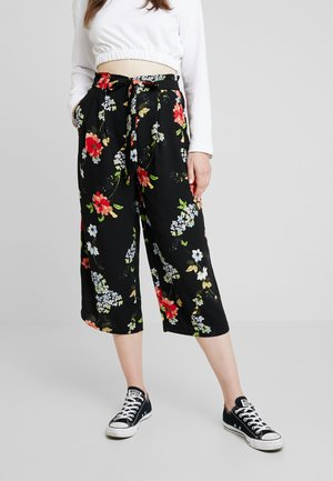 ONLJEAN CROPPED PANTS - Bukser - black