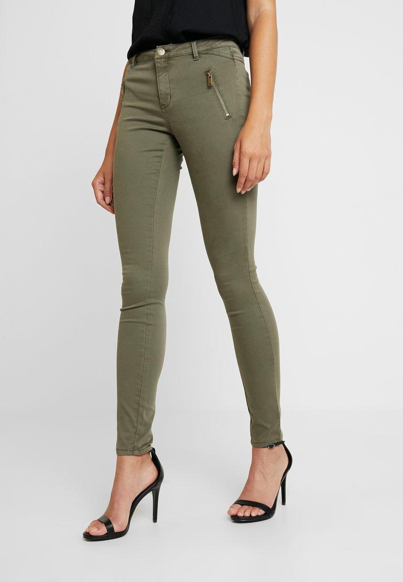 ONLY - ONLMIRINDA PANT - Trousers - kalamata
