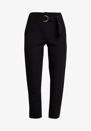 ONLFRESHY GLOWING BELT PANT - Spodnie materiałowe - black