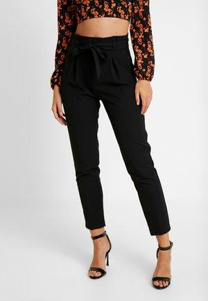 ONLFRESH PAPERBACK PANT - Bukser - black