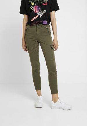 ONLPURPOSE REG ANKLE PANTS - Pantalon classique - kalamata