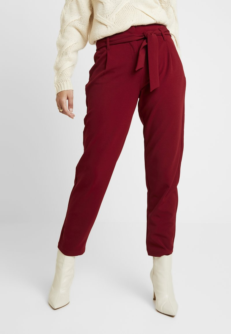 ONLY - ONLCAROLINA BELT PANTS - Trousers - merlot