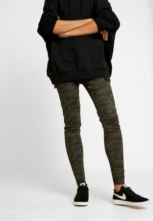 ONLARMY CARGO PANT - Pantalon classique - kalamata