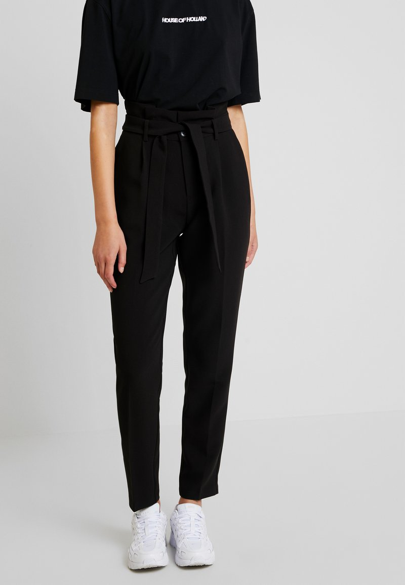 ONLY - ONLYARROW BELT PANT - Stoffhose - black