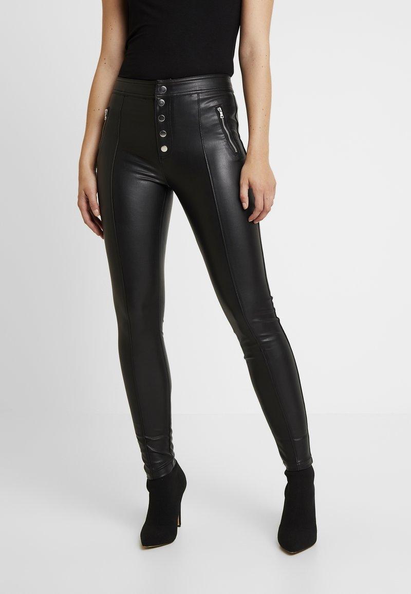 ONLY - ONLSIGGA BUTTON PANT - Pantalones - black