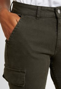 ONLY - ONLVARGO PANT - Trousers - forest night - 4