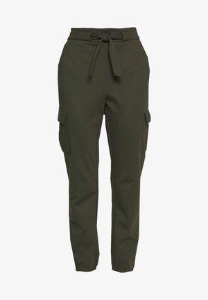 ONLPOPTRASH CARGO BELT PANT  - Trousers - forest night