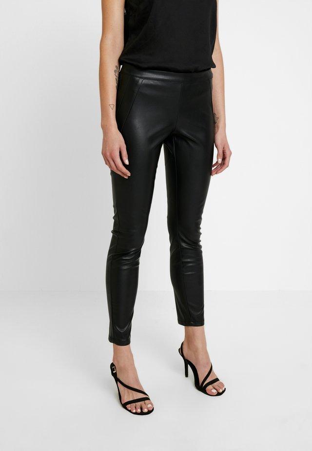 ONLSIA PANT - Pantalones - black