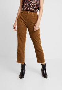 ONLY - ONLEMILY STRAIGHT PANT - Trousers - tobacco brown - 0