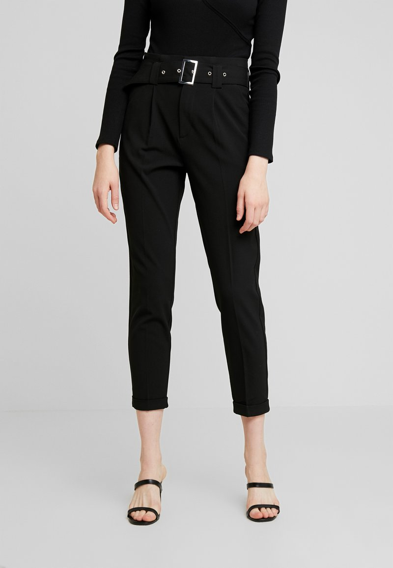 ONLY - ONLROSIE BELT PANT - Kangashousut - black