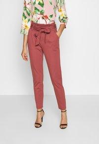 ONLY - ONLPOPTRASH EASY PAPERBAG PANT - Pantalon classique - apple butter - 0