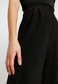 ONLY - ONLBECCA PANTS - Pantalon classique - black - 5