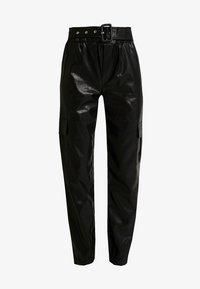 ONLY - ONLDEBRA CARGO PANT - Pantaloni - black - 4