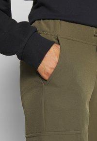 ONLY - ONLGLOWING CARGO PANTS - Pantalones - kalamata - 4