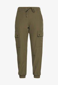 ONLY - ONLGLOWING CARGO PANTS - Pantalones - kalamata - 3