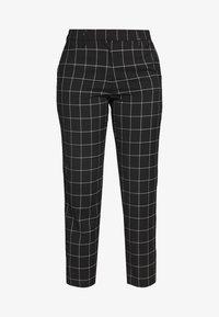 ONLY - ONLSARAH CHECK PANT - Broek - black/creme - 4