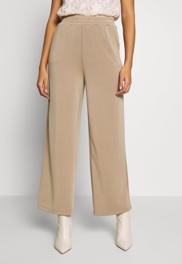 ONQGAIA WIDE PANT - Pantaloni - chinchilla