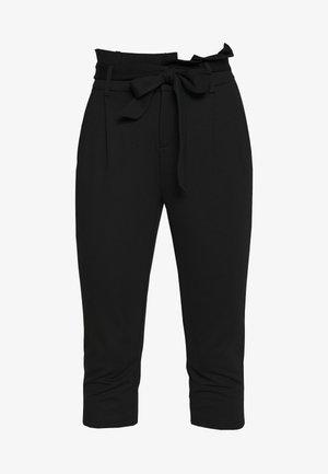 ONLPOPTRASH YO EASY CAPRI PANT - Stoffhose - black
