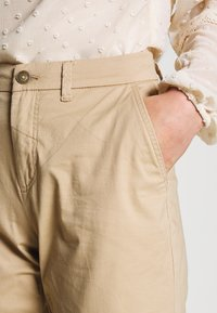 ONLY - ONLPARIS PANTS - Chinot - beige - 4