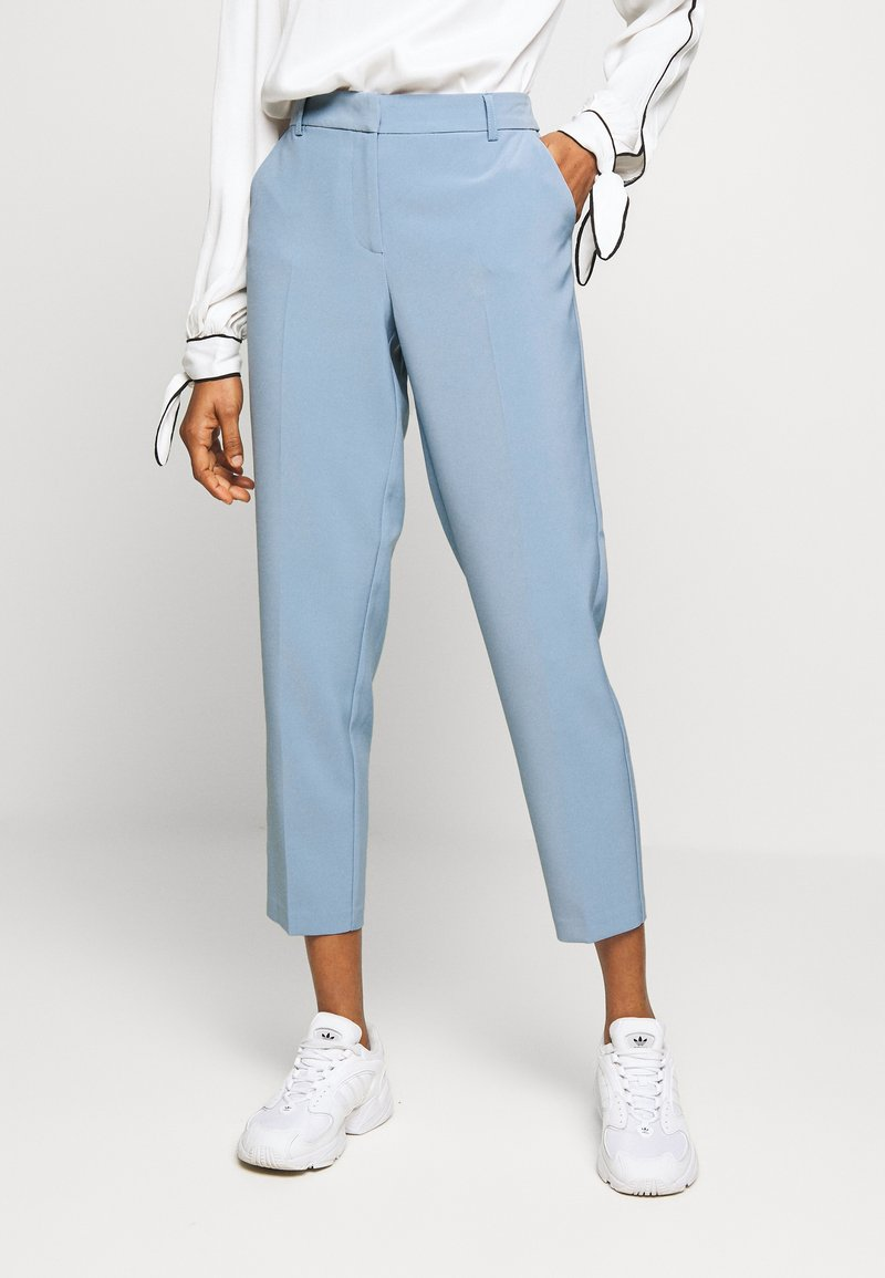 ONLY - ONLVILDA ASTRID CIGARETTE PANT - Broek - faded denim