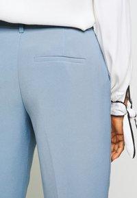 ONLY - ONLVILDA ASTRID CIGARETTE PANT - Pantaloni - faded denim - 3
