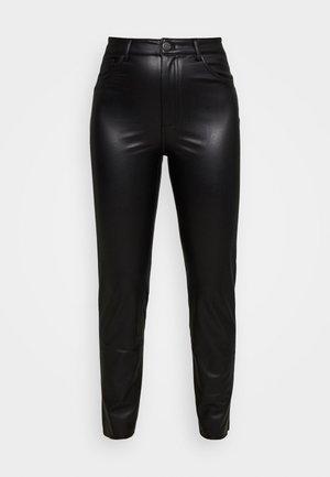 ONLEMILY PANT - Bukse - black